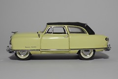 1950 Nash Rambler Custom Convertible (11) (dougie.d) Tags: usa scale car franklin model mint bathtub hudson nash rambler cabrio 1950 modelcar cabriolet pininfarina 143 diecast kelvinator landau franklinmint airflyte automodel modelauto