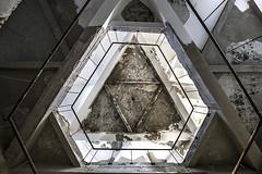 (ilConte) Tags: abandoned architecture concrete geometry decay cement architektur sanatorium cemento architettura moldova geometria moldavia geometrie abbandono