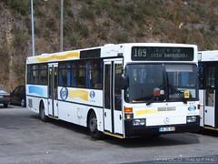 Mercedes Benz O405 TST 647, Cacilhas, 30 de Maio de 2005 (Paulo Mestre) Tags: bus portugal mercedes benz autobus tst cacilhas almada autocar autocarro ginjal 647 o405