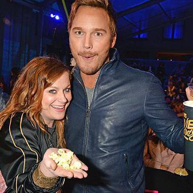 Chris Pratt and Amy Poehler had a Parks and Rec reunion at MTV Movie Awards via EW… https://t.co/EQKkflAxU7 https://t.co/Zn8omdJm7o