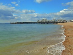 #lovesouthsea #beach #southsea #pier #nature #swans #cloudscapes #water (davegeorgecooper) Tags: beach nature water pier swans southsea cloudscapes lovesouthsea