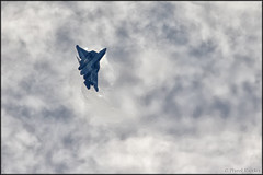 Sukhoi T-50 (Pavel Vanka) Tags: clouds plane airplane fly flying fighter russia moscow jet spot airshow planes stealth spotting stunt fifth aerobatic maks sukhoi lii maneuver t50 mechanization 5thgeneration thrustvectoring ramenskoe zhukovskiy russianairforce sukhoit50