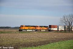 New Bnsf C4, and stacks work the B-MEMLPC. (Machme92) Tags: railroad sky clouds rail row bn missouri rails ge railfan bnsf railroads railroading emd railfanning gevo railfans sd70ace newpower nikond7200 klineandkcs burligrton