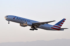 N792AN   LAX SUNSET (airlines470) Tags: airport american msn lax airlines 777 ln 292 777200 777200er 30253 777223er 777223 n792an