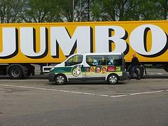 Spelersbus - Team Bus (streamer020nl) Tags: bus youth truck soccer fortuna jumbo voetbal minibus sittard 2016 hekkert teambus spelersbus jeugdopleiding 230416
