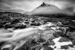 Pen-yr-ole-wen in the Fog  #1  b&w (GOLDENORFE) Tags: longexposure mist water snowdonia penyrolewen 10stopnd bigstopper