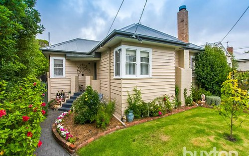 6 Collins St, Belmont VIC 3216