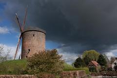 Torenmolen van Zeddam met naderende hagelbui (Hans Westerink) Tags: mill clouds molen zeddam torenmolen hanswesterink