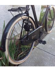 image (63merc220) Tags: 1920s vintage oillamps vintagebicycles sunbeambicycle goldensunbeam creamtires somafab
