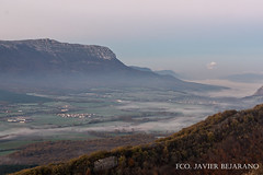 Sakana y monte Beriain (Javibeje) Tags: landscape nikon paisaje amanecer javier niebla navarra bejarano nafarroa sandonato sakana nikonista monteberiain d7200