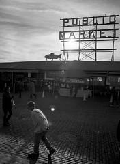 Market (Cascade Tree Guy) Tags: trix pikeplacemarket mamiya645pro