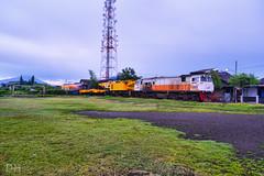 Kereta Api Pembawa Derek (donnyts12) Tags: indonesia 206 cc kai solo pt gunung api pagi kereta luar februari dinas hujan biasa merbabu balapan kirow
