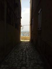 Bastioni di Otranto (Shooting in RAW) Tags: mare barche porto otranto puglia bastioni