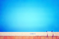 La piscine (Friends&Enemies) Tags: blue light summer sky sun holiday color beach water pool hotel spain espana mallorca espagne minimalist piscine majorque calamillor