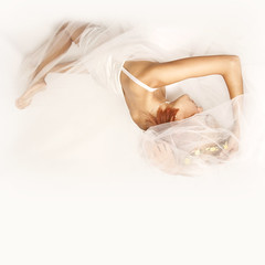"Dream in white (Iria Bignami ""ByNilla"") Tags: light woman white mourning divine purification truce newbeginnings feminidad sinless mentalclarity"