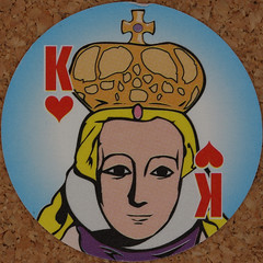 Round Playing Card King of Hearts (Leo Reynolds) Tags: playing deck card squaredcircle playingcard carddeck xleol30x
