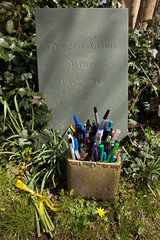 Douglas Adams' grave | East Cemetery | Highgate-10 (Paul Dykes) Tags: uk england london cemetery grave leaves doctorwho writer sciencefiction pens highgate gravestones thehitchhikersguidetothegalaxy douglasadams northlondon highgatecemetery penpot scripteditor highgateeastcemetery