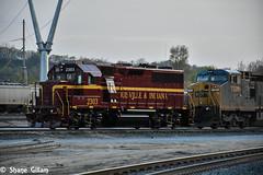 Louisville & Indiana Rr 2303. (Machme92) Tags: railroad clouds america rail rr row kansascity american rails railfan railroads csx conrail railroading railfanning railfans