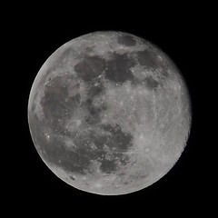 Day after Full Moon (michaelguse) Tags: sky moon night iso200 dslr f13 270mm 1320s