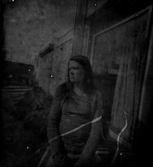 (pikoss) Tags: blackandwhite bw diy belgium noiretblanc pinhole loch lensless cameraobscura pinholephotography estenopeica obscura lochkamera ooij  artepovera caffenol stnop cmaraoscura forostenopeico stenopeica lyukkamera ilfordmultigrade withoutalens  otworek ilfordmultigradeivrcdeluxe   fotorafmakinesi   lensfree hlkamera tristandescamps orificiu drky otworkowej k alternativecoffeedevelopment shotpinhole