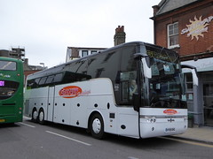 Grayway AY09 DHG (sambuses) Tags: grayway ay09dhg graywayholidays