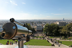 Montmartre - Paris (France) (Meteorry) Tags: park city urban paris france square binocular europe ledefrance view lawn montmartre september viewpoint vue idf parvis pelouse pointdevue tourmontparnasse 2015 sacrcur parisien meteorry binoculaire rueducardinaldubois squarelouisemichel