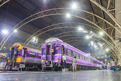 Magical departure (VTZK) Tags: voyage travel pink station japan night train thailand japanese purple gare nacht bangkok atmosphere zug bahnhof reis mai chiang railways nuit trein sleeper overnight paars srt reizen sfeer krungthepmahanakhon couchette thay nachttrein atmosphre purpre