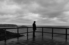 (Noaran) Tags: sea seascape man blancoynegro monochrome person persona monocromo mar blackwhite galicia nubes contraste soledad minimalism minimalismo hombre horizonte brancoepreto monocromático blancetnoire paisajemarino