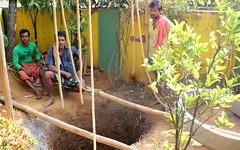 Migrant well diggers (Nagarjun) Tags: beauty spring kerala amma aluva samrajyalakshmi
