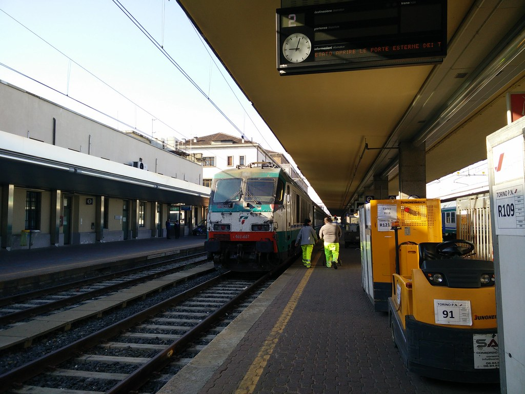 The world 39 s most recently posted photos of 500 and trains - Orari treni torino porta nuova genova brignole ...