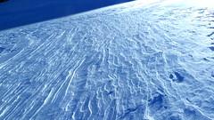 Secret lines / Lineas secretas (Pjaro Post) Tags: patagonia nieve texturas bluelight esqu elbolsn luzazul esqudetravesa