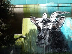 recycled goat (robra shotography []O]) Tags: streetart rome roma sanpietro stazionesanpietro stpetersrailwaystation bordaloii