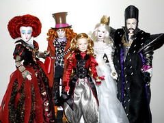 We can hear them running running, running (meike__1995) Tags: new red white glass movie dolls looking time alice disney queen collection through mad wonderland hatter 2016