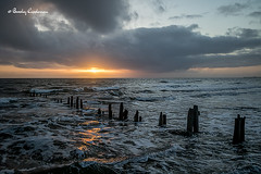 053-Editrz (Bev Cappleman) Tags: sea sunrise groynes sandsend