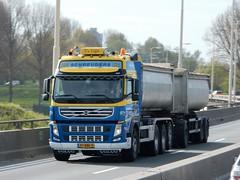 Volvo FM drawbar from Schreuders Holland (capelleaandenijssel) Tags: netherlands truck 9 lorry camion trailer 97 bbk lkw
