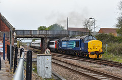 37405 - Reedham - 2J88 (richa20002) Tags: tractor lines set ga branch great rail loco class line short norwich service greater 37 yarmouth thrash services direct aga anglia hellfire lowestoft dvt clag mk3 drs wherry hauled abellio lhcs