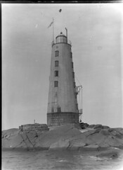 Bogskär; majakka mereltä n. 300 m päästä kuvattuna (KansallisarkistoKA) Tags: lighthouse beacon 1893 majakka bogskär