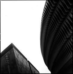 Shapes (RafaelGonzalez.) Tags: blackandwhite españa 6x6 architecture mediumformat spain europe bilbao analogue planar carlzeiss ilfordhp5plus hasselblad500cm