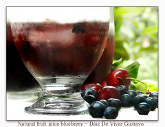Natural fruit juice blueberry - Diaz De Vivar Gustavo (Diaz De Vivar Gustavo) Tags: parque en nature fruit de y natural juice jardin el blueberry gustavo alcohol sin diaz bebida jugo naturales cerezas cereza arandanos vivar