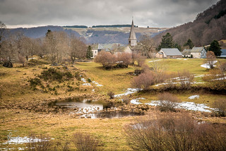 Compains  -  Un village en Basse Auvergne