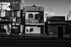38/366 : Tailor Maruesu -  (hidesax) Tags: street leica man japan shops saitama sunlit x2 ageo 38366 366project hidesax 366project2016 tailormaruesu