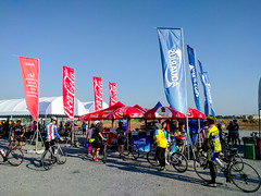 syklane_09 (plynoi) Tags: bike thailand samutprakan suvarnabhumiairport nexus5x