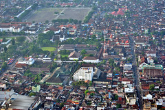 Sekitar Alun Alun (Everyone Sinks Starco (using album)) Tags: city aerialview aerial jogjakarta kota fotoudara