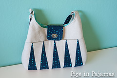 Backgammon Bag (pigsinpajamas) Tags: bag linen purse backgammon betzwhite alisonglass thermolam bagofthemonthclub bagomc shapeflex