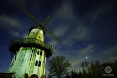 Stargazing (Eugen Kamenew) Tags: nightphotography windmill night stars nightimages astrophotography fujifilm jupiter zwillinge ночь мельница звезды fujifilmphotography fujifilmxseries