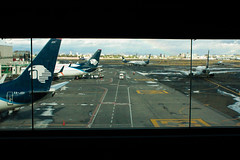 Aeropuerto Benito Juarez (B.e.D) Tags: trip travel viaje canon mexico airport bed planes aeropuerto runway pista panograph panografa