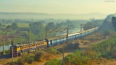 Sahyadri Express (AyushKamal2014) Tags: kamshet 21879 kynwcam2p sahyadriexpress