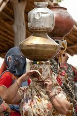 Water post in Jaipur 3 (Holofoto) Tags: india asia natur vann urne portretter mennesker vannpost indere portretterfraindia indiskvannpost