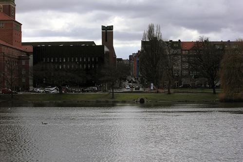 "Kleiner Kiel und Rathausstraße (01) • <a style=""font-size:0.8em;"" href=""http://www.flickr.com/photos/69570948@N04/25730177060/"" target=""_blank"">View on Flickr</a>"