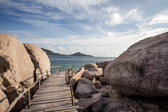 IMG_9083_edited-1 (Lauren :o)) Tags: ocean sea sky beach thailand island paradise dive diving kohtao turtleisland nangyuan desertisland diveresort nangyuanisland